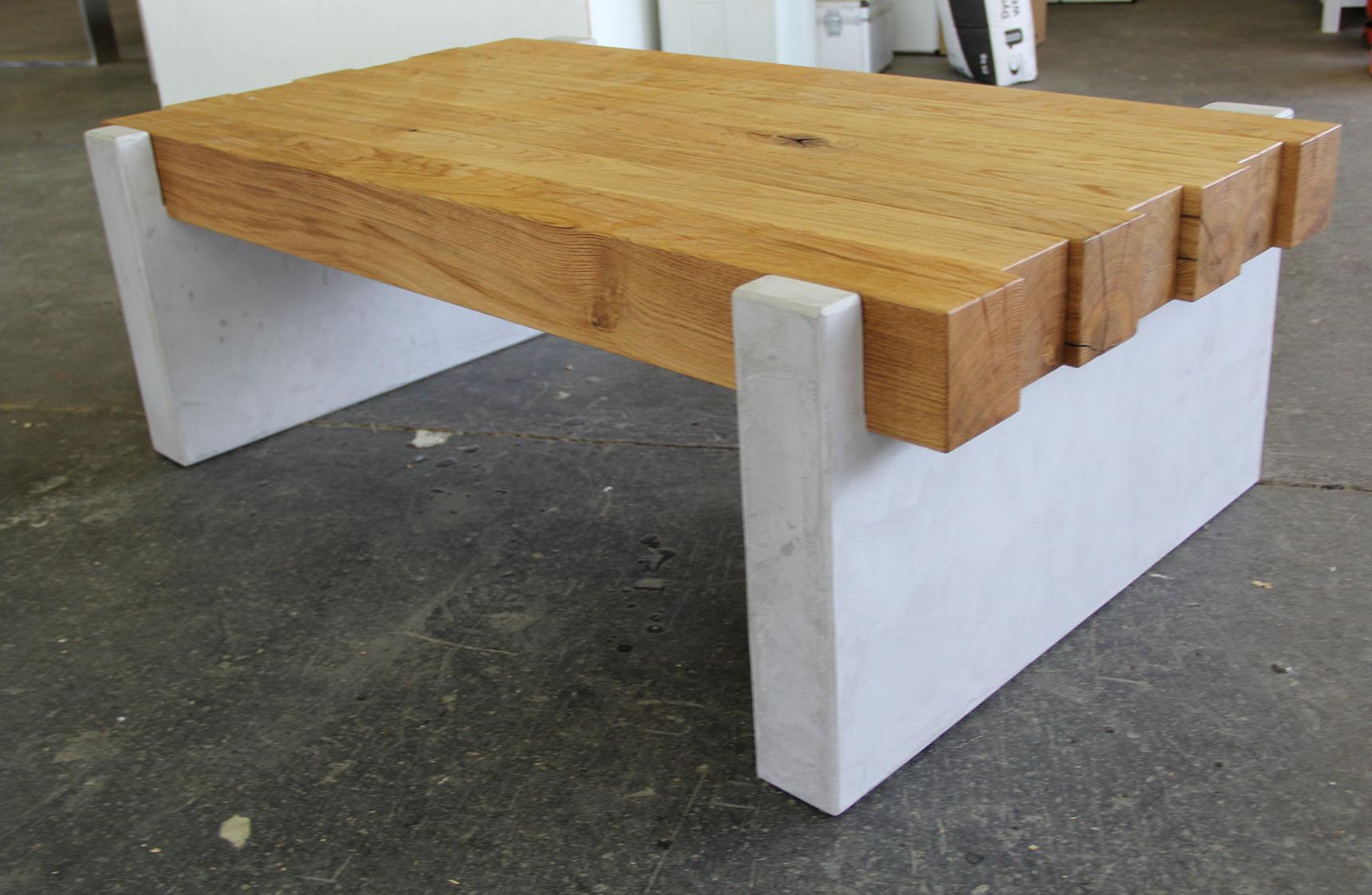 Wohnzimmerbank Beton und Holz